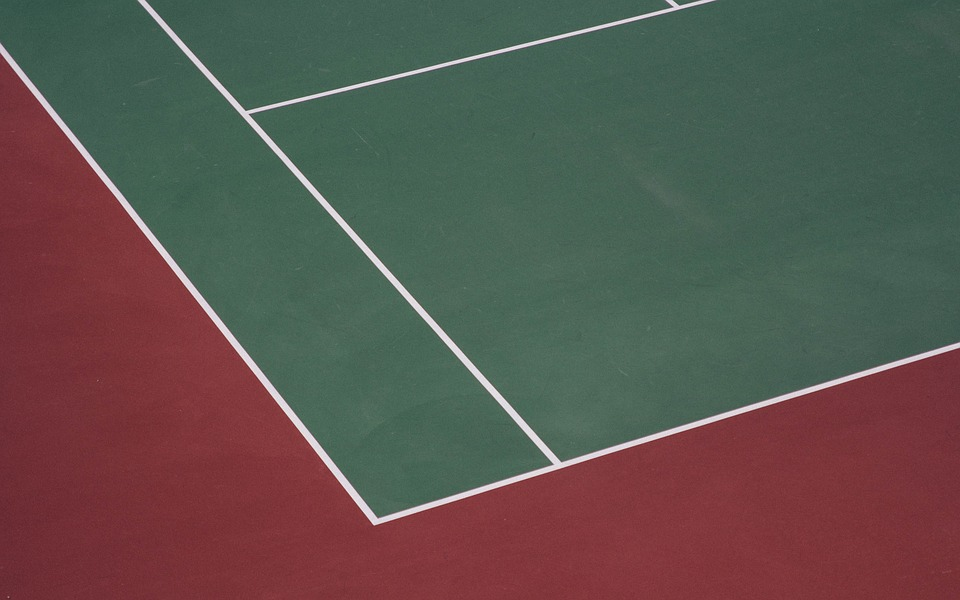 blacktop sealing, blacktop repair, asphalt maintenance, supreme sealing, tennis court color coating
